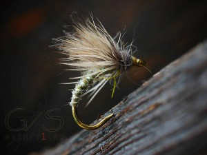 Deer hair CDC emerger (Green) D-34